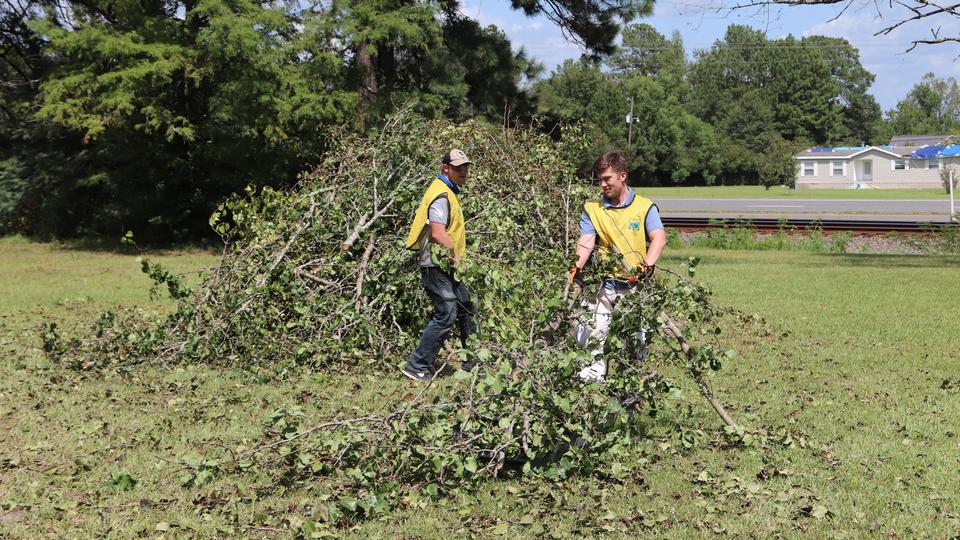 Louisiana Clean up/ Hurricane Laura