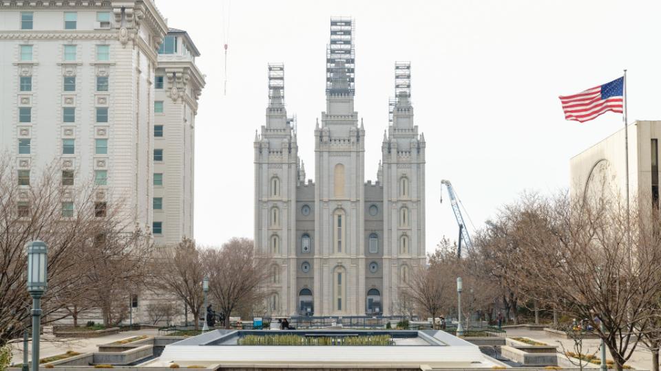 Church-Plaza