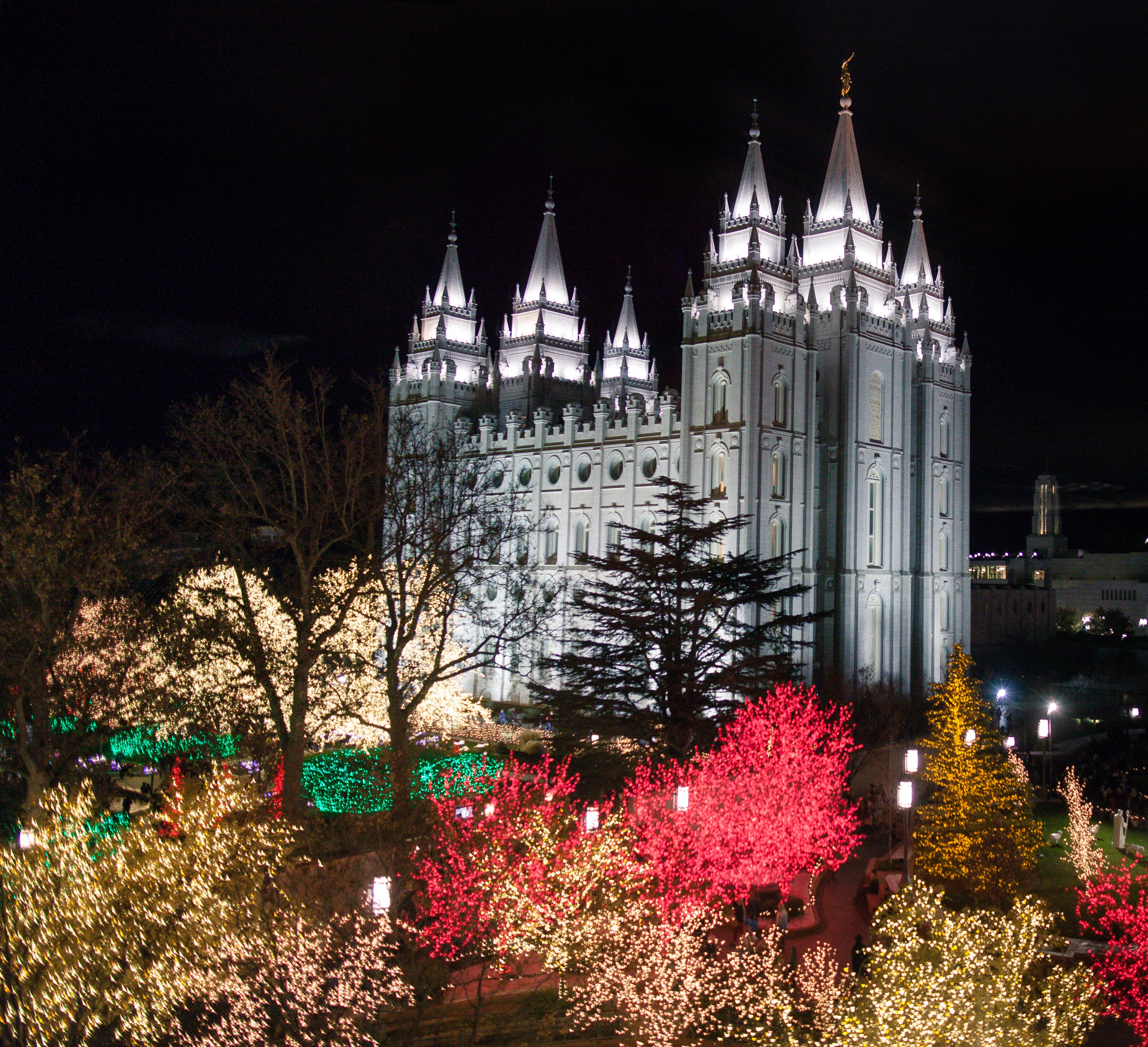 Temple Square lights1 2014